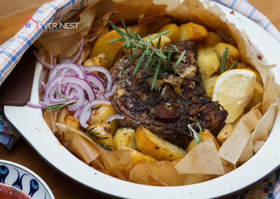 کلفتیکو، غذای معروف قبرس شمالی با ریشه ی یونانی